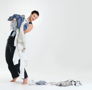 "<img src=""college guy with laundry.jpg"" alt=""college guy with laundry falling"">"