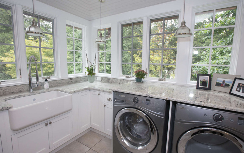"<img src=""Laundry Room.jpg"" alt=""Luxury large white laundry room"">"
